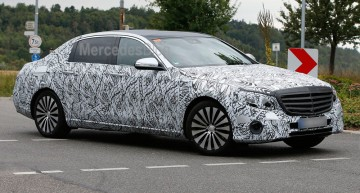 Mercedes-Maybach E-Class poses for new spy video