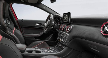 Mercedes-AMG A 45 4MATIC; 