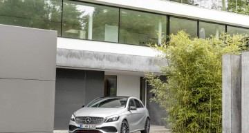 A 250 Sport (AMG Line), Polarsilber, Interieur Leder Schwarz / RED CUT