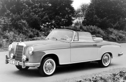 The history of Mercedes luxury cabrios