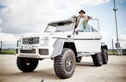 Lewis Hamilton shows off his Mercedes-Benz G 63 AMG 6×6