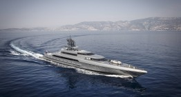 The Mercedes-Benz S-Class Cabriolet and Silver Fast Yacht are out at sea