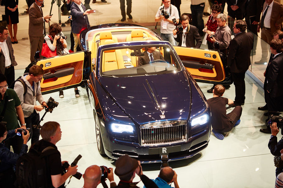 Can the S-Class Cabrio outsmart the Rolls-Royce Dawn?