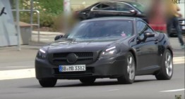 2016 Mercedes SLC gets a facelift, poses for spy video