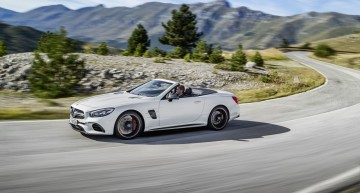 Next gen Mercedes-Benz SL is set to get a soft top, 4 seats and an 800-horsepower version