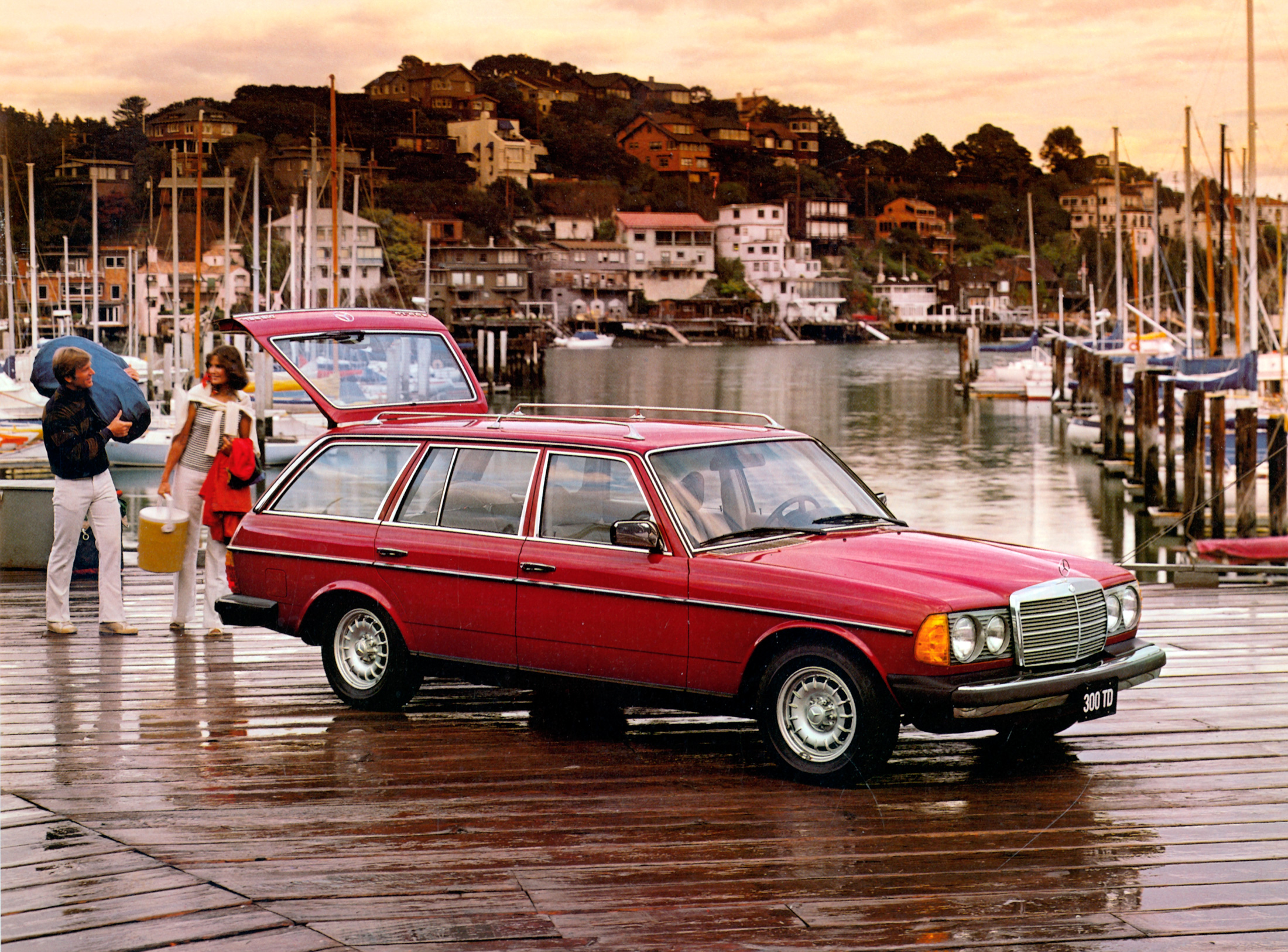 Bloomberg says Mercedes W123 wagon is the car that will never die