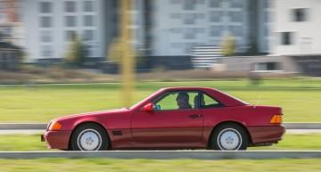 Retro review Mercedes SL R129 by Motor Klassik