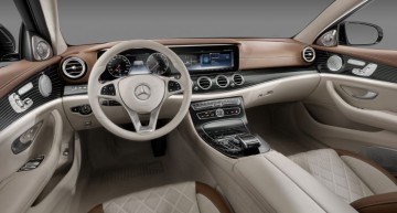 2017 Mercedes E-Class and the evolution of its interior after 40 years