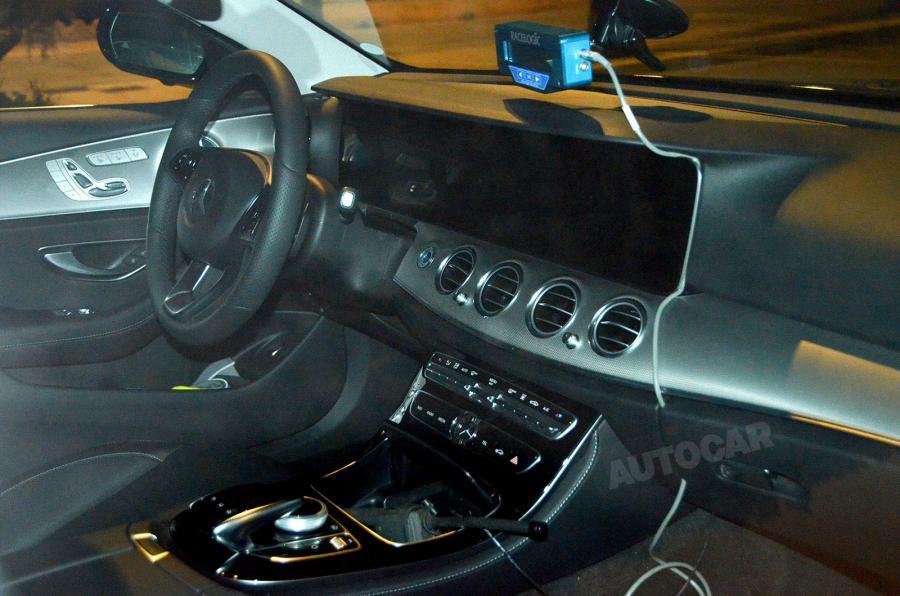 2017 Mercedes E-Class shows its interior again