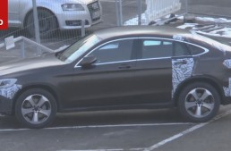 2017 Mercedes GLC Coupe plays the striptease game