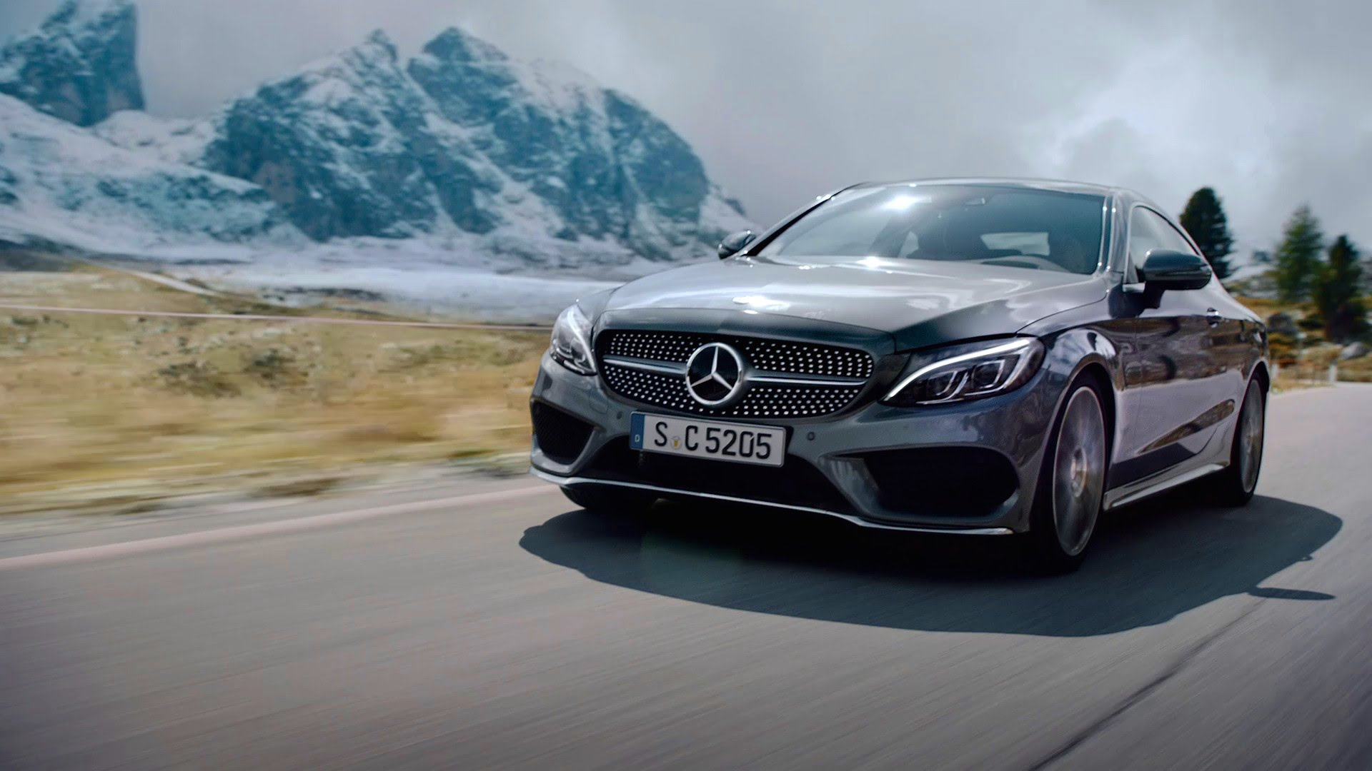 Mercedes Gl E >> Sin of speed - Mercedes-Benz C-Class Coupe pushed to the limit in TV ads - MercedesBlog