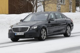2017 Mercedes S-Class facelift revealed – latest spy pictures