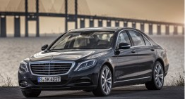 The 2017 Mercedes-Benz 500e Plug-In Hybrid goes wireless