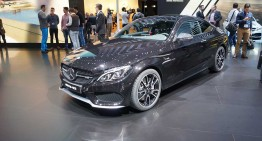 GENEVA LIVE. Mercedes-AMG C 43 waves good-bye to AMG Sport Line