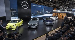 Made in China: Watch the live presentation of the E-Class and check out the Mercedes-Benz stand