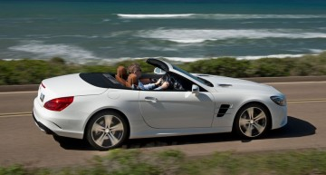 Test the base. Mercedes SL 400 facelift driven in 367 hp guise