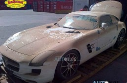 Mercedes SLS AMG overboard! Hearbreaking photos of the AMG that drowned