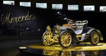 Hungry for history – The museum-monster is chasing after iconic Mercedes-Benz cars