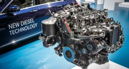 Mercedes rolls out new generation V8, inline 4 and 6