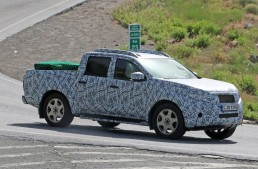 First Mercedes pick-up comes out for testing – new spy pics