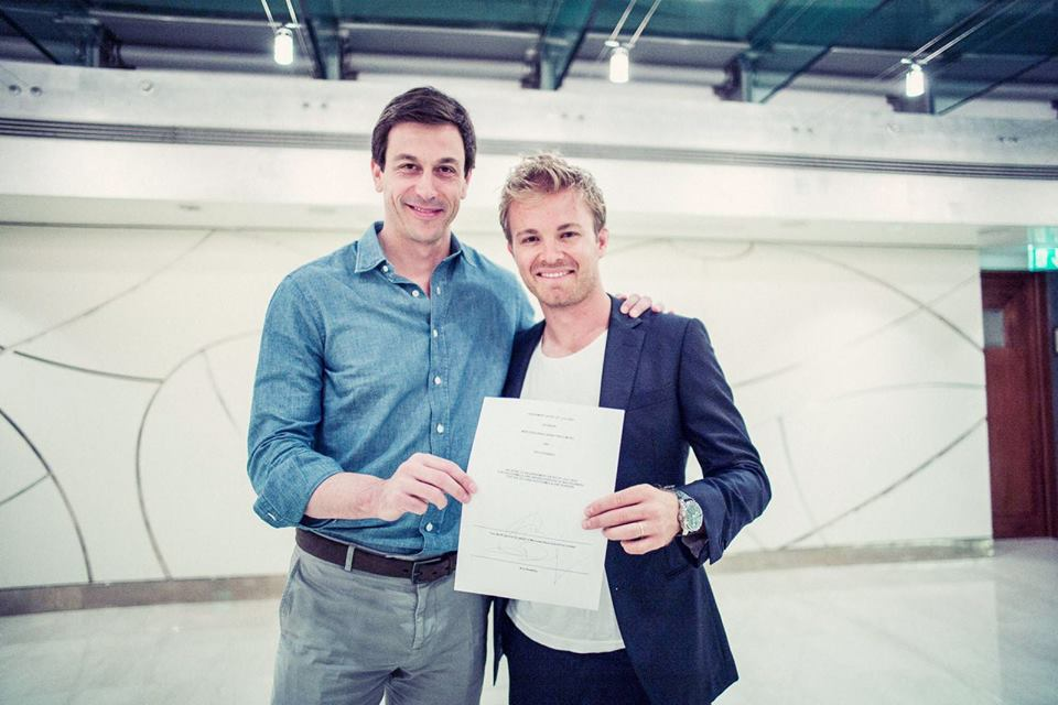 Nico Rosberg signs new 2-year deal with Mercedes-AMG PETRONAS