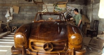 Good with the wood – The wooden Mercedes 300 SL Gullwing