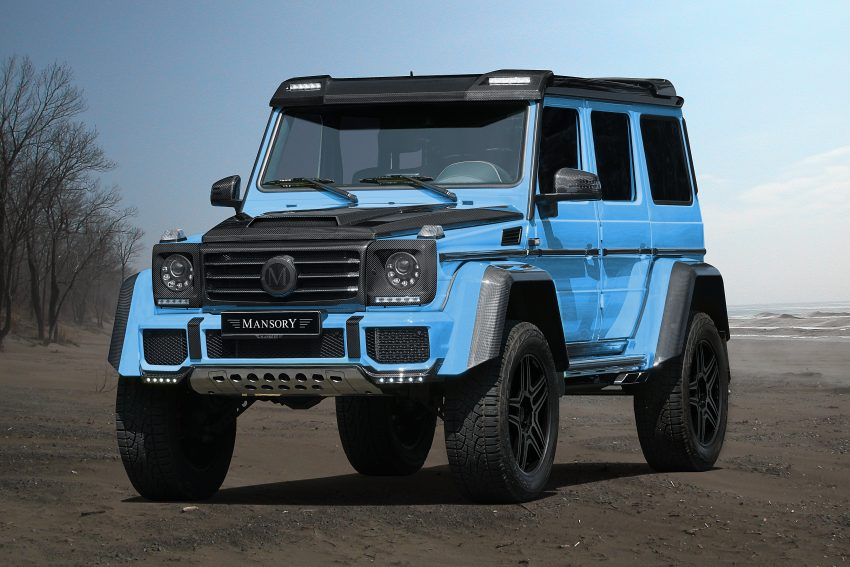 The fierce Mercedes-Benz G500 4×4² in baby-blue, tuned by Mansory