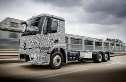 Urban eTruck: The first fully electric truck from Mercedes