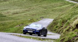 How does it work? Mercedes' curve tilting function in the Mercedes SL 400