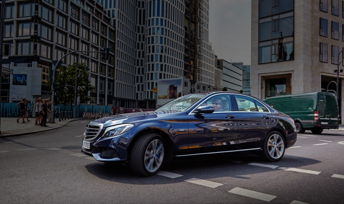 Going green in Berlin with the Mercedes-Benz C 350 e