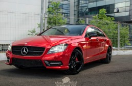 Mercedes CLS dipped in red candy