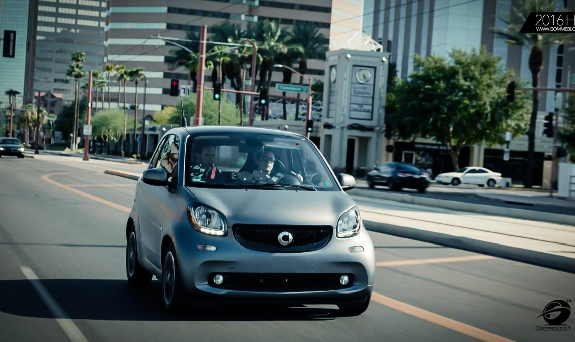 Electrifying! smart electric drive is premiering in Paris