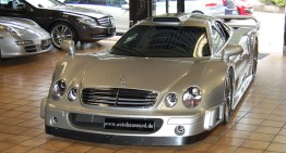 Black Friday coming! A Mercedes-Benz CLK GTR on sale for $2.7 million
