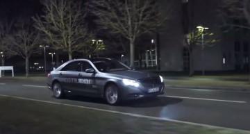 Mercedes-Benz S-Class facelift flashes its new digital lights in sensational video