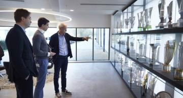 Boss Dieter Zetsche visits the Formula 1 Mercedes-AMG PETRONAS team