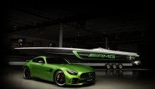 Mercedes-AMG und Cigarette Racing setzen in diesem Jahr mit dem Cigarette Racing Team 50' Marauder AMG-Boot, inspiriert vom Mercedes-AMG GT R, gemeinsam neue Maßstäbe. ;  Mercedes-AMG and Cigarette Racing teamed up again this year to continue to set new benchmarks.;