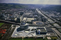 Mercedes-Benz retools Untertürkheim plant for electric cars