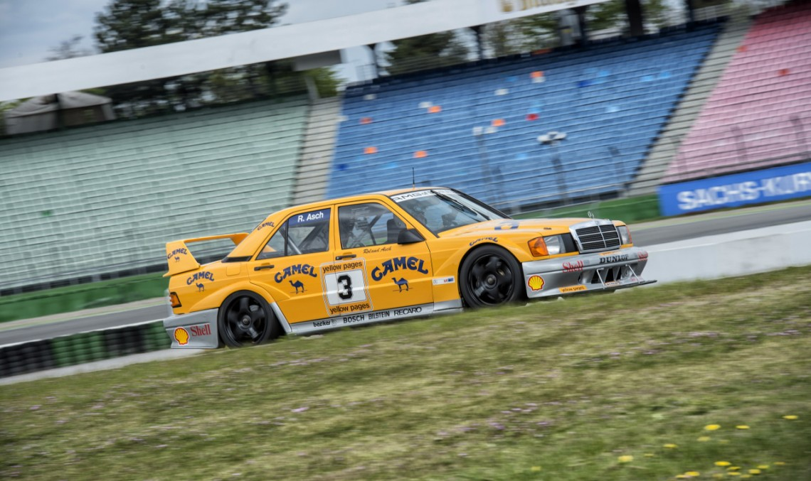 Mercedes-Benz Classic Trackdays 2017: Drive on the racetrack