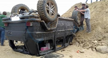 Shock crash: Another Mercedes G 500 4×4² bites the dust