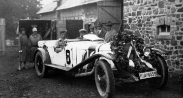 Mercedes-Benz Model S (W 06) at Sankt Hubertus forester's lodge in Nürburg, headquarters of the Daimler-Benz racing team for the German Grand Prix for sports cars at the Nürburgring, 17 July 1927.