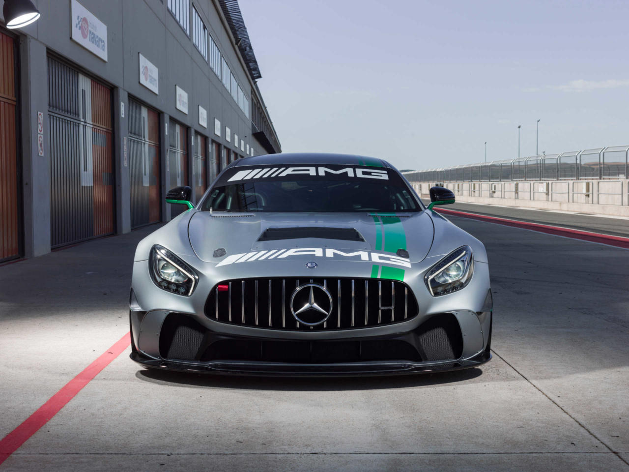 Mercedes Amg Gt4 >> Mercedes Amg Gt4 Because It Runs In The Family Mercedesblog