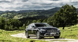 The Mercedes-Benz E 400 d All-Terrain gets the S-Class inline-six diesel engine