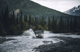 Out in the wild – Canada and Alaska on-board the Mercedes-Benz G-Class