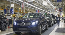 Mercedes-Benz invests $1 billion in the Alabama plant to build SUVs and batteries