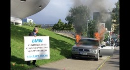The car smasher – Man burns his BMW 2 years after Mercedes-owner destroyed his S-Class
