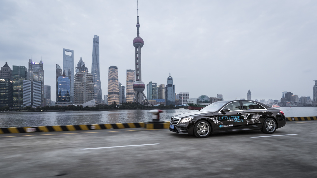 Mercedes tests autonomous S-Class on Shanghai roads