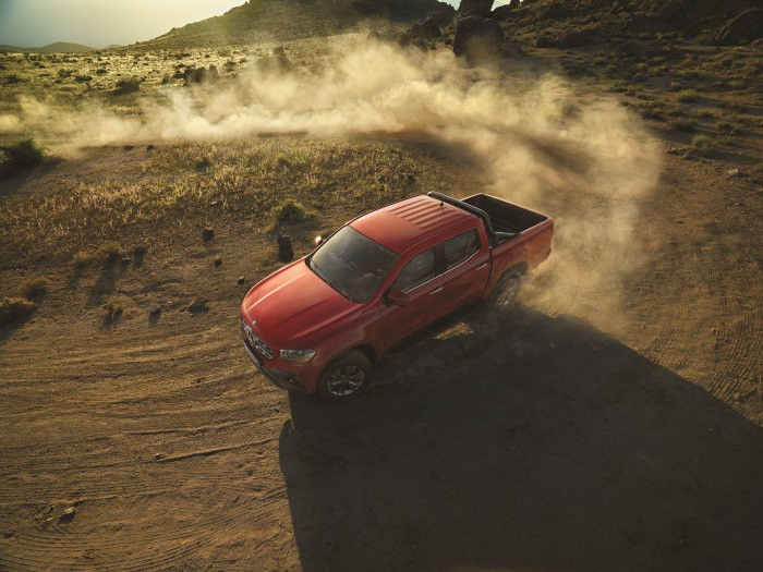 VIDEO: The new Mercedes X-Class. First of a new kind