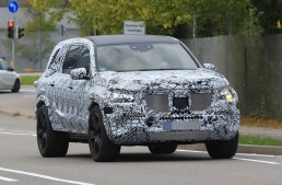 Completely new Mercedes GLS in 2019 including a Maybach version