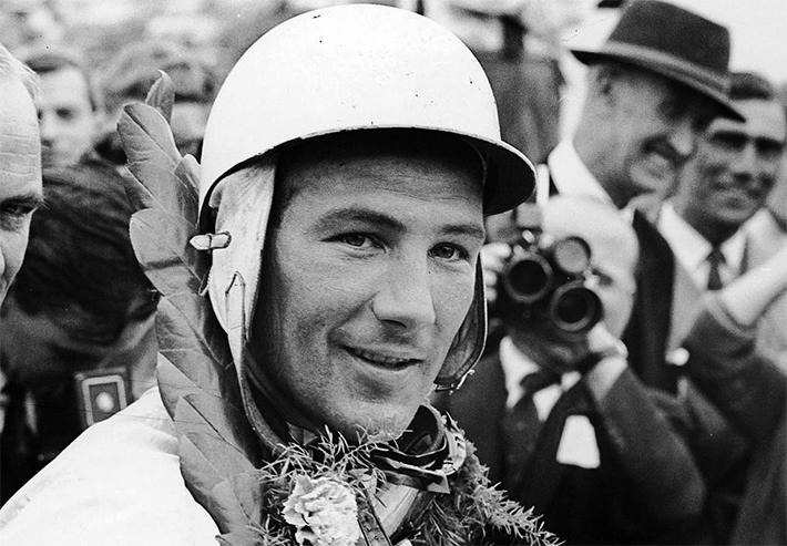 Legendary Stirling Moss retires at 88
