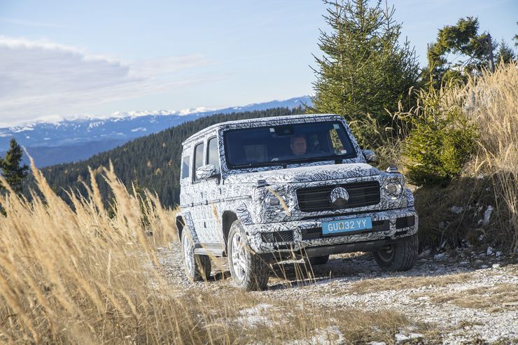 World premiere: All-new 2018 Mercedes-Benz G-Class first test ride